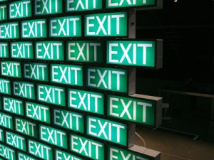 exit_wall_close_gr_w